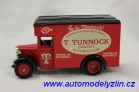 dennis parcels van tunnocks bakery 1934